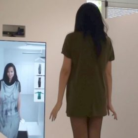 PT21: Shop of the future: Smart fitting room